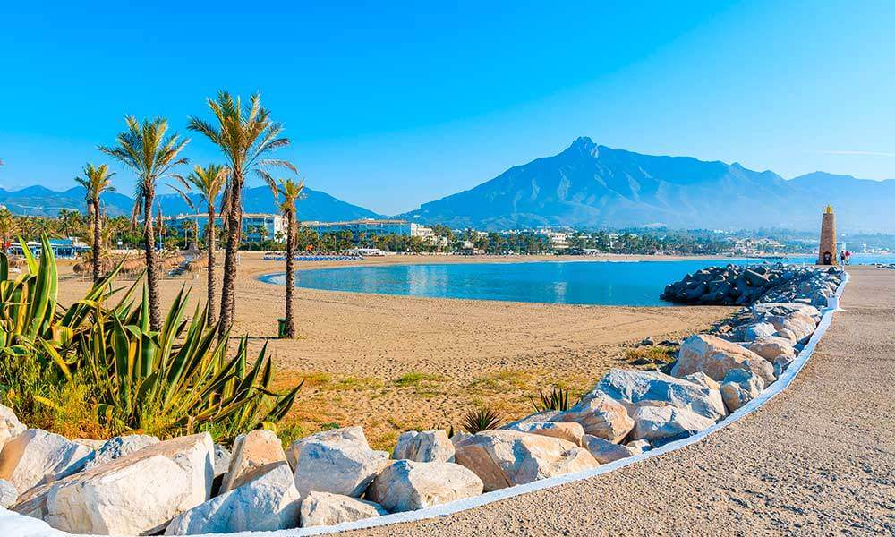 Las mejores 5 playas de Marbella - Playa de Puerto Banús